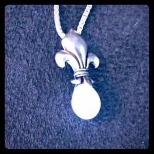 Sterling Silver necklace with real pearl